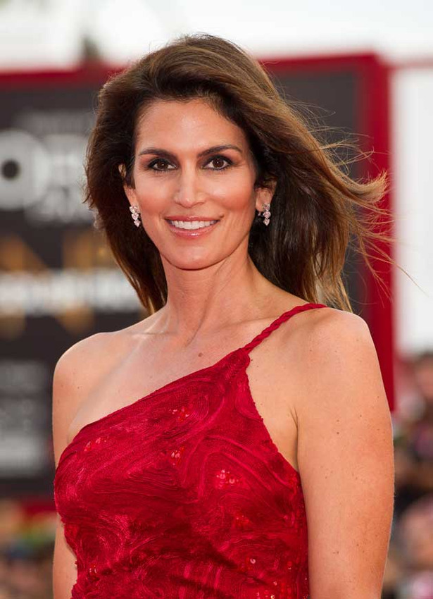 Cindy Crawford's Still Got It