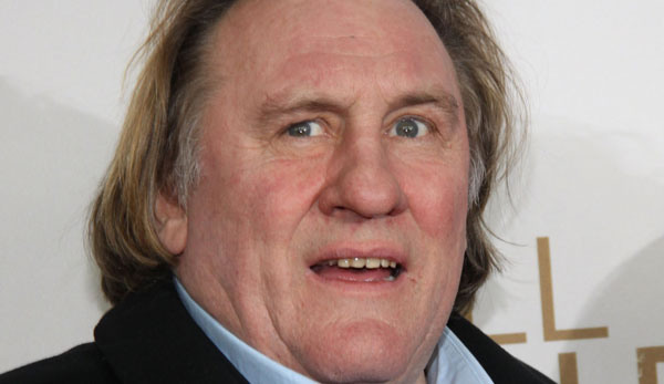 Gerard Depardieu Urinates on a Plane