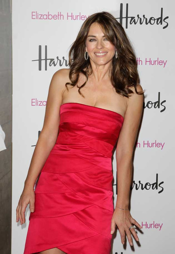 Elizabeth Hurley is Yummy